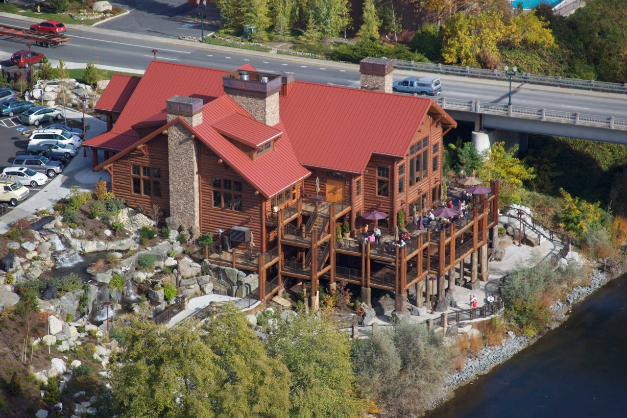 Best River Restaurant in Grants Pass