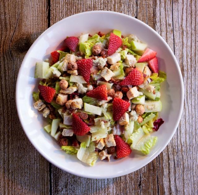 Strawberry-Apple Poppyseed Salad